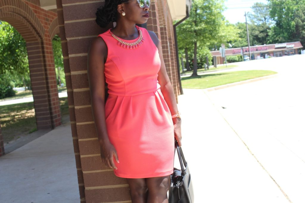 Coral Dress & Necklace || CancanRoynelle.com