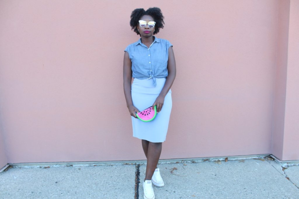 Chambray and Lavender || CancanRoynelle.com